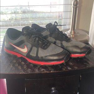 Men's Nike golf shoes size 10.5
